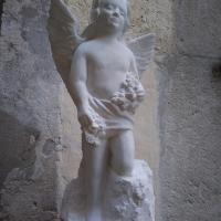 Ange avec fleurs sculpture en pierre 60cm 34