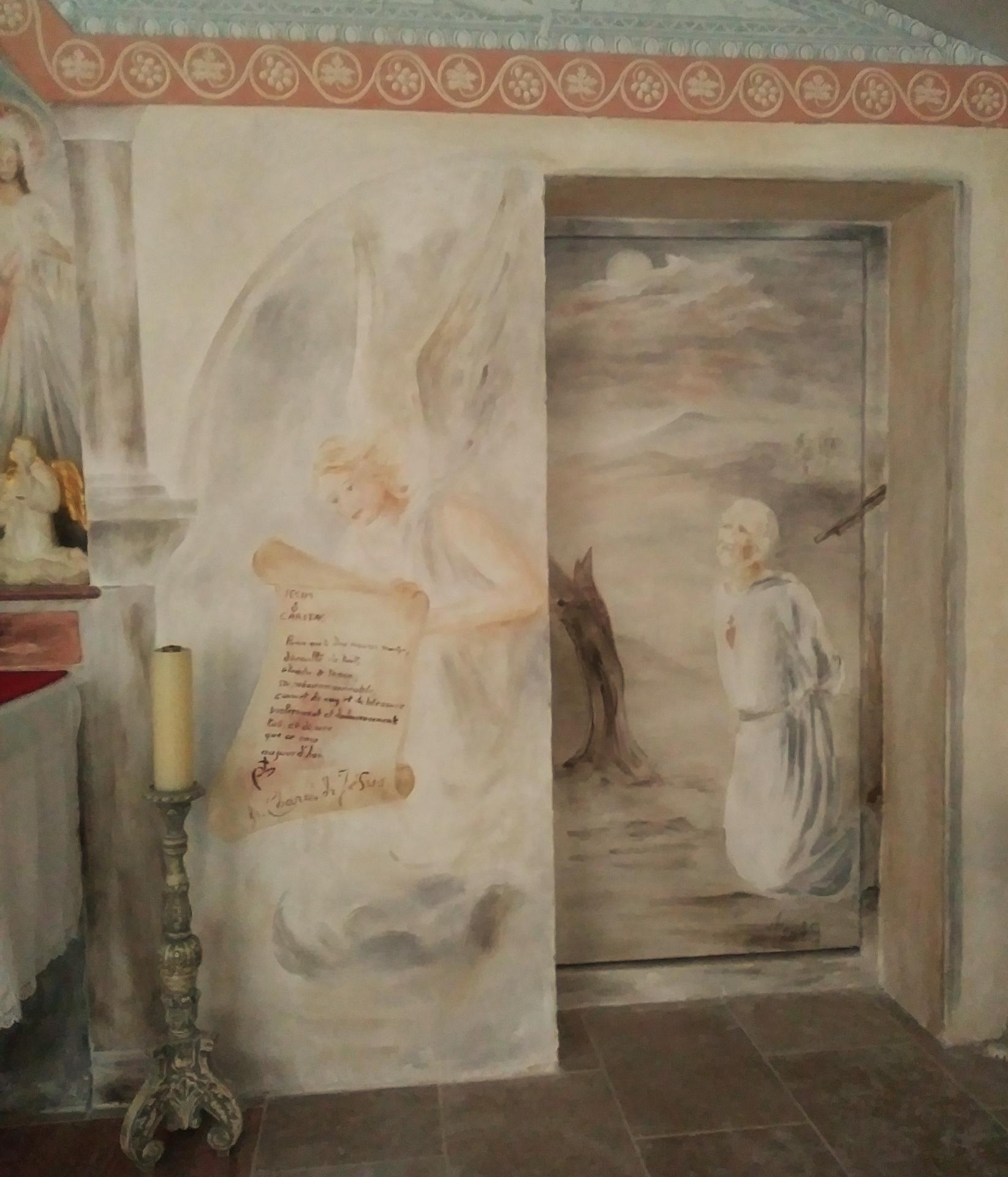 Chapelle de la misericorde fresque et mobilier liturgique 6