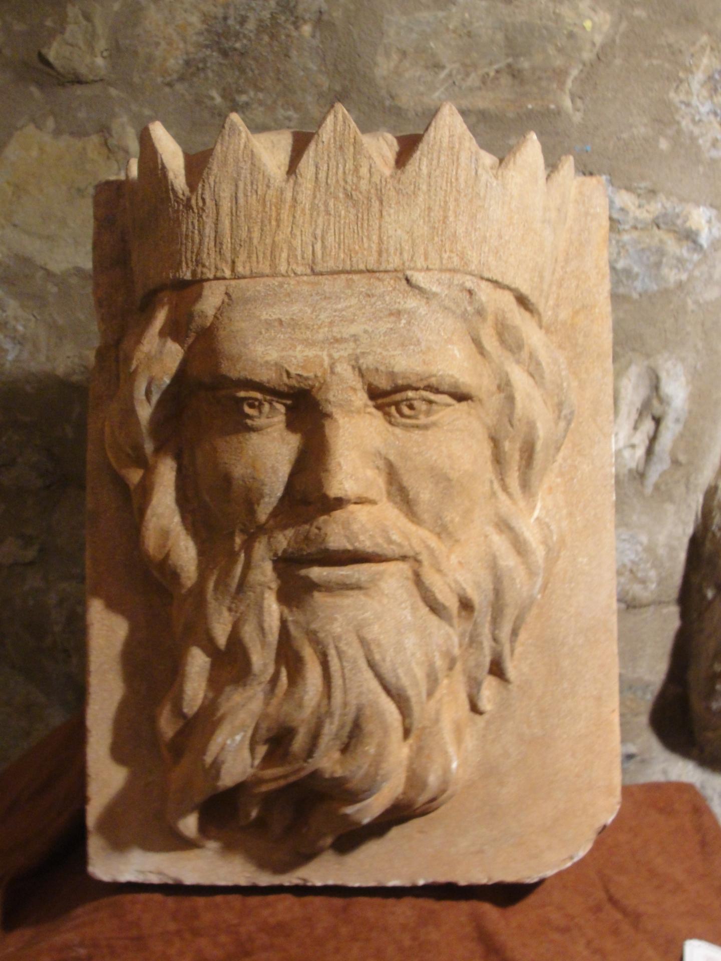 Neptune mascaron en pierre 70cm par jean joseph chevalier 1