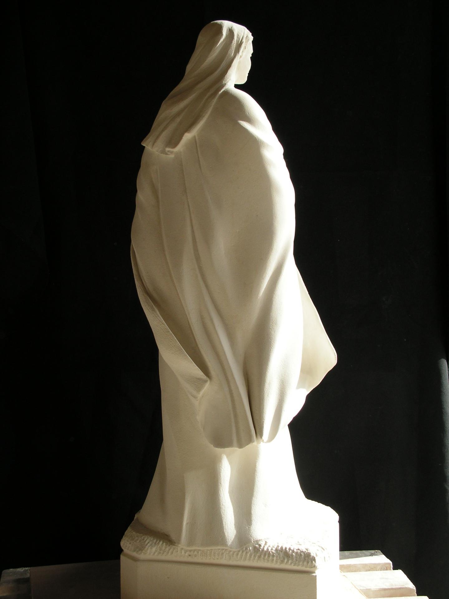 Notre dame du reconfort vierge a l enfant sculpture en pierre ronde bosse 1 2m 16