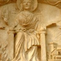 Sculpture sur pierre de jean joseph chevalier tympan de ste foy 17