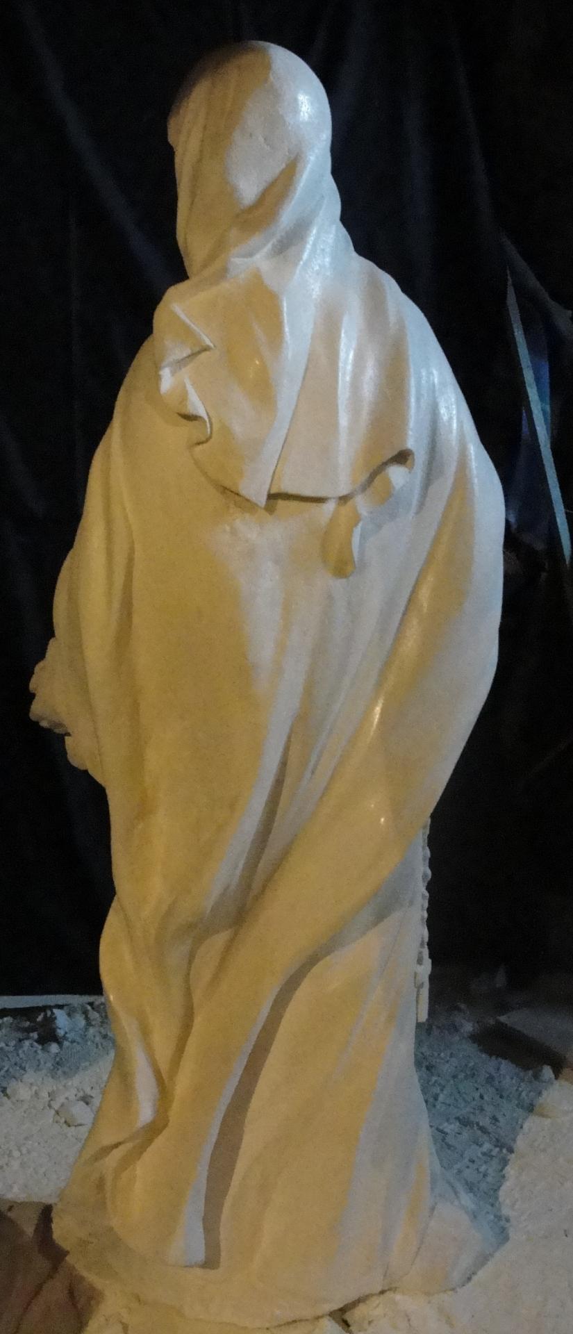 Sculpture sur pierre, statue de Ste Thérèse en ronde bosse, 4