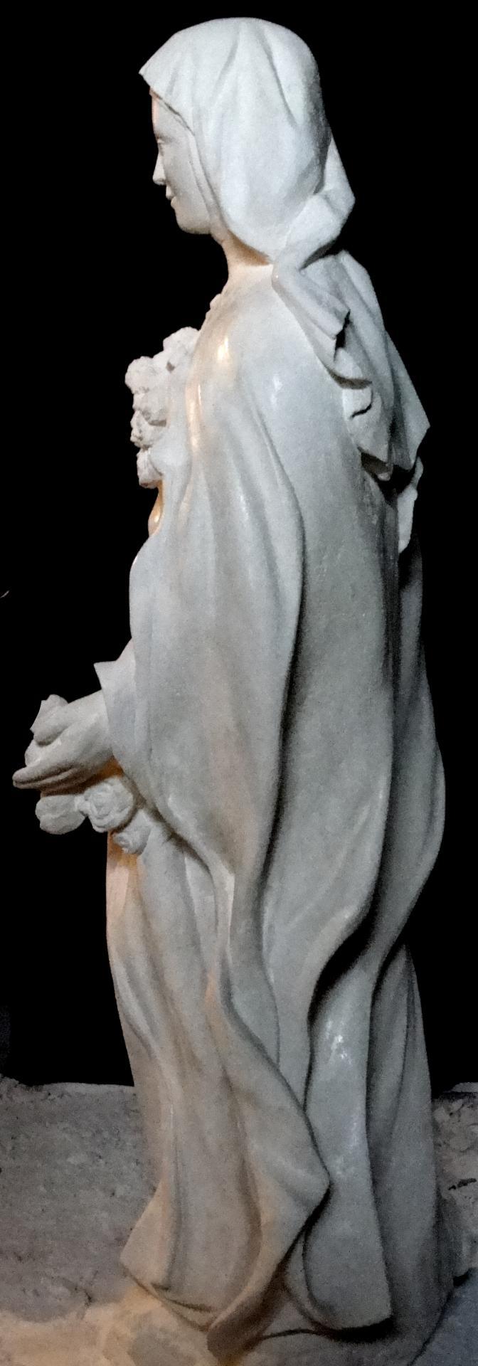 Sculpture sur pierre, statue de Ste Thérèse en ronde bosse, 3