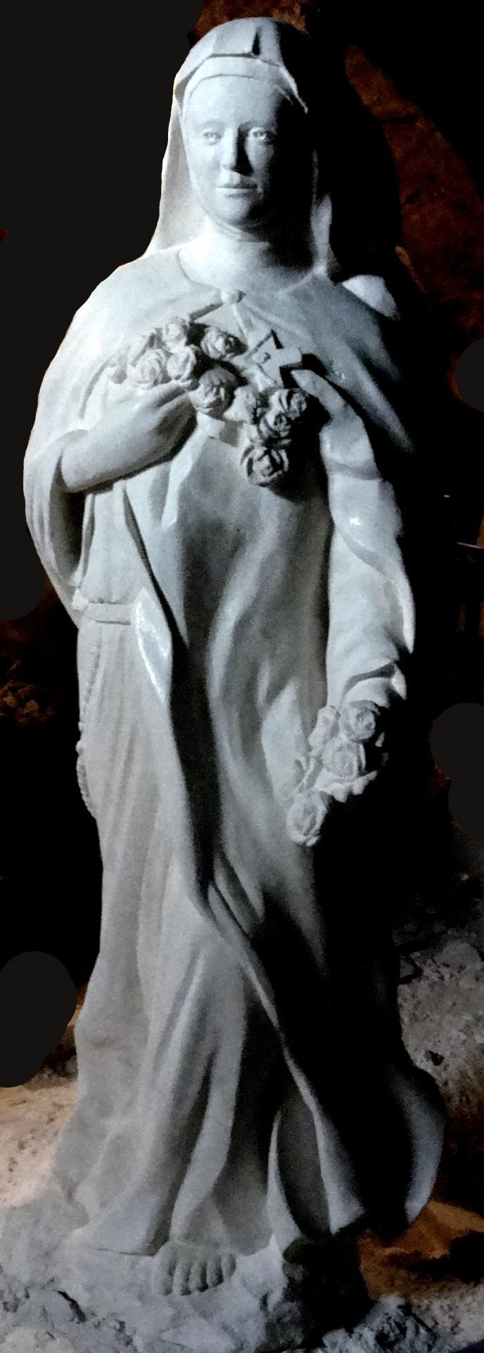 Sculpture sur pierre, statue de Ste Thérèse en ronde bosse, 1
